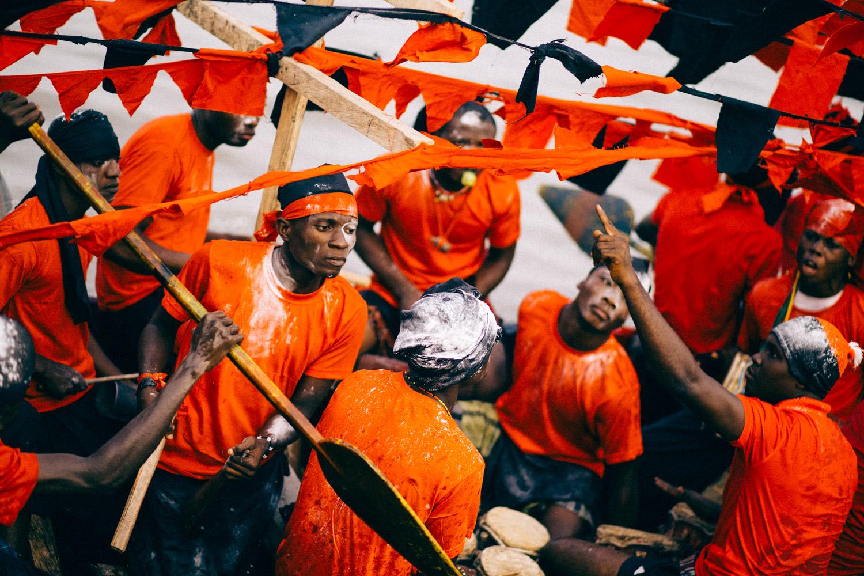 Men rowing with drummers, Opobo Boat Regatta Festival